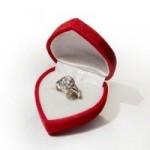 プロポーズ時の指輪の渡し方!素敵な思い出を・・・